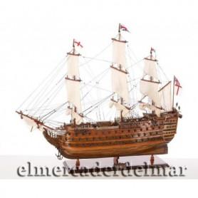 Maqueta de barco del navío ingles HSM Victory