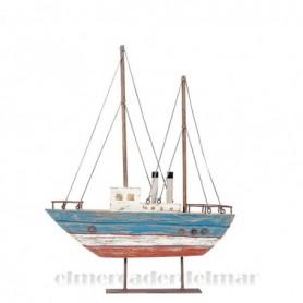Barco de pesca rústico