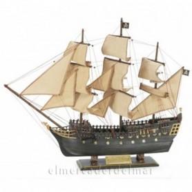 Maqueta de barco pirata galeón