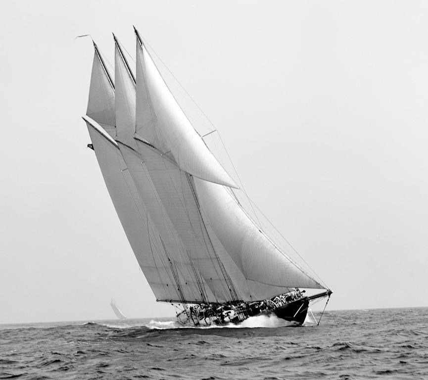 maqueta montada de velero famoso atlantic