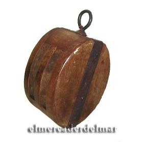 Polea náutica decorativa de madera y hierro