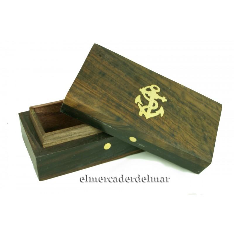 Caja náutica de madera y ancla náutica