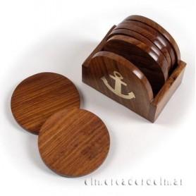 Posa vasos marinero en madera con ancla en latón