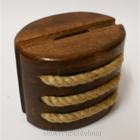 Hucha náutica en madera