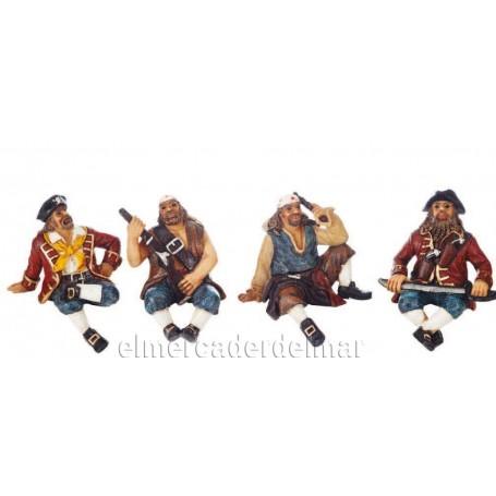 Figura marinera de pirata sentado