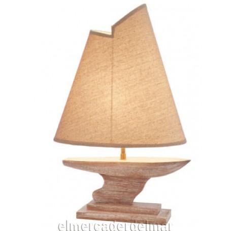 Lámpara náutica en forma de barco