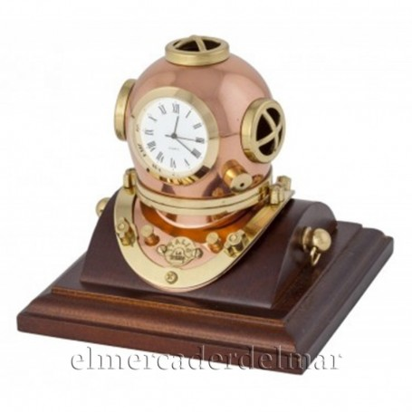 Reloj casco de buzo
