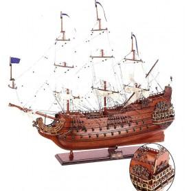 Maqueta naval artesanal  del buque francés le Soleil Royal en el mercader del mar para decoración náutica y marinera