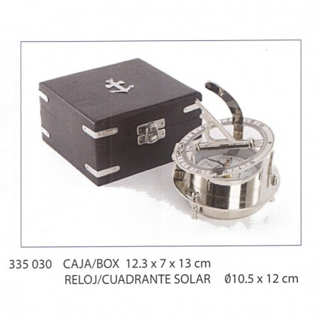 Cuadrante solar con reloj niquelado
