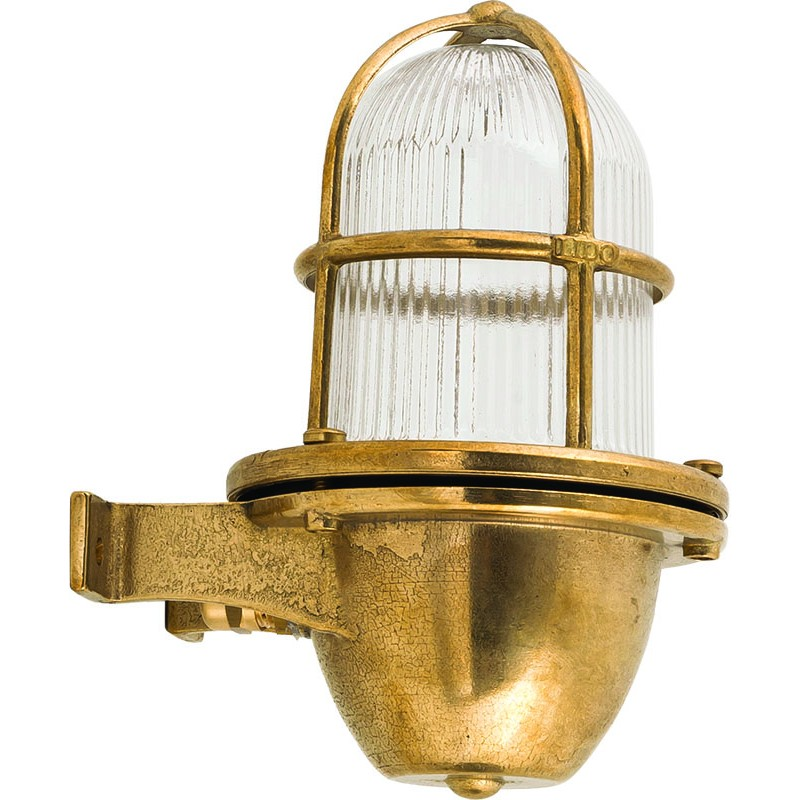 Lámpara aplique de pared en latón para decoración náutica.