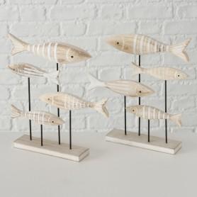 Figura banco de peces marinos sobre peana